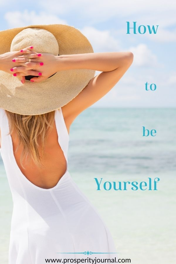 How to be yourself - lady beach